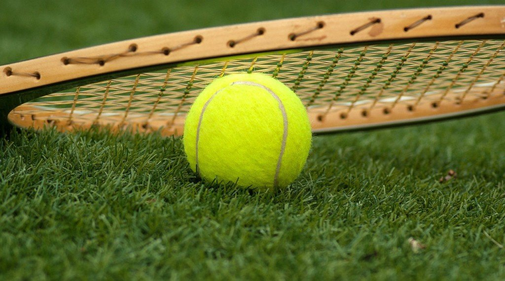 Why Is There Fuzz On A Tennis Ball? » Science ABC