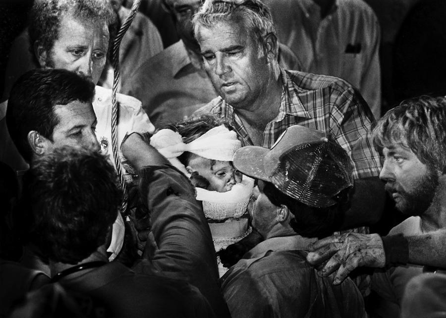 Pulitzer Prize Winning Photojournalist Scott Shaw