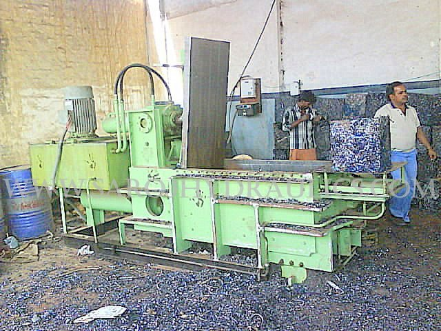 ms turning hydraulic baling machine