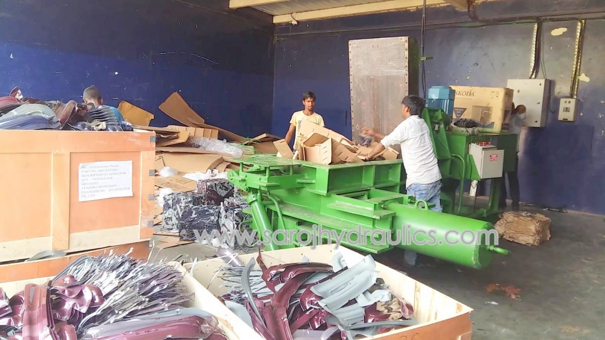 automatic horizontal hydraulic paper baling press