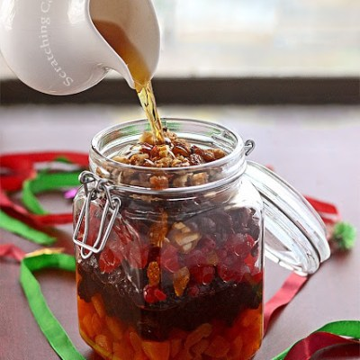 How to Soak Dried Fruits for a Perfect Christmas Fruitcake