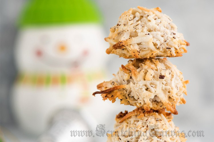Eggless Coconut Macaroons | Quick & Easy Christmas Cookies