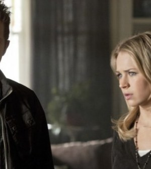Thomas Dekker as Adam and Britt Robertson as Cassie. Photo: Jack Rowand/The CW ©2012 The CW Network.