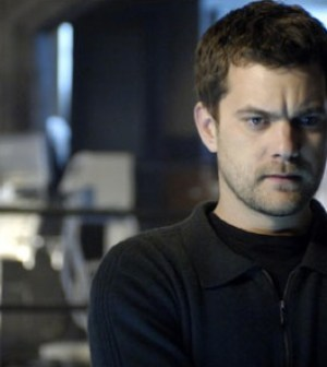 Joshua Jackson as Peter Bishop on FRINGE. Image © Fox Broadcasting Company.