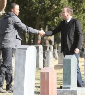 Kiko Ellsworth and Kiefer Sutherland in Touch. © 2012 Fox Broadcasting Co. Cr: Adam Taylor/FOX.