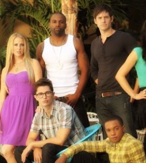 The LA Complex cast. Image © the CW Network. All rights reserved