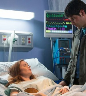 Bitsie Tulloch as Juliette Silverton, David Giuntoli as Nick Burkhardt -- (Photo by: Scott Green/NBC)