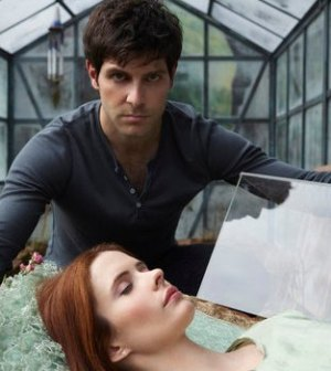 David Giuntoli as Nick Burkhardt, Bitsie Tulloch as Juliette Silverton — (Photo by: Michael Muller/NBC)