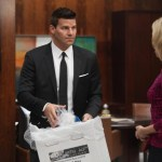 Bones-Ep802-Theres_blood_on_the_desk_sc-10_0168