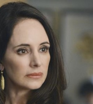Madeleine Stowe as Victoria Grayson. Image © ABC Television Network