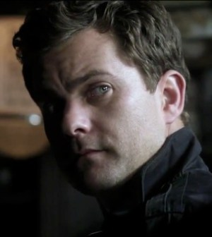 Joshua Jackson as Peter Bishop in FRINGE 5.04 'The Bullet That Saved the World' (Photo © FOX)
