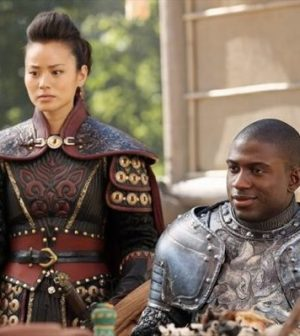 IMAGE BY ABC/JACK ROWAND. JAMIE CHUNG AS MULAN, SINQUA WALLS AS LANCELOT