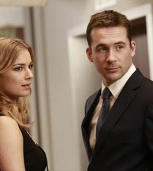 Emily VanCamp and Barry Sloane in Revenge. Image © ABC.