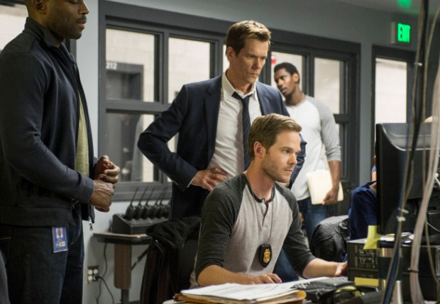 """Agents Rilley (guest star Billy Brown, L), Weston (Shawn Ashmore, R) and Ryan Hardy (Kevin Bacon, C) dive deeper into the history of Joe Carroll's psyche in the """"Chapter Two"""" episode of THE FOLLOWING airing Monday, Jan. 28 (9:00-10:00 PM ET/PT) on FOX. ©2013 Fox Broadcasting Co. CR: David Giesbrecth/FOX"""