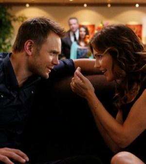 Joel McHale as Jeff Winger, Tricia Helfer as Lauren -- (Photo by: Vivian Zink/NBC)