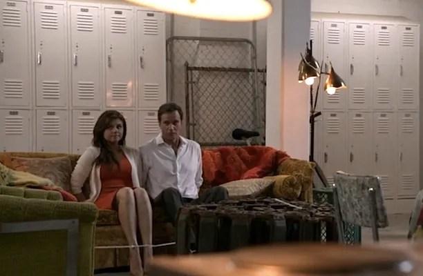 Elizabeth (Tiffani Thiessen) and Peter (Tim DeKay) enjoy kidnapping as couple time (Image © USA Network)