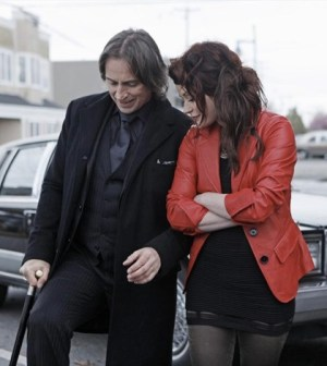 Robert Carlyle as Gold and Emilie De Ravin as Lacey in Once Upon a Time. Image © ABC