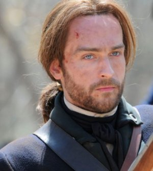 Tom Mison as Ichabod Crane. ©2013 Fox Broadcasting Co. CR: Brownie Harris/FOX
