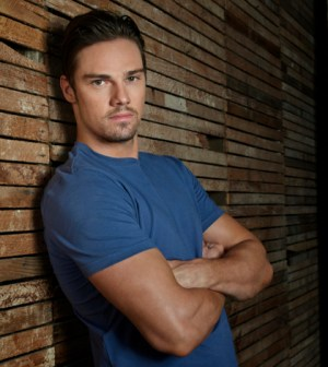Pictured: Jay Ryan as Vincent — Photo: Frank Ockenfels /The CW -- © 2013 The CW Network, LLC.