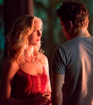 Pictured (L-R): Candice Accola as Caroline and Paul Wesley as Stefan -- Photo: Bob Mahoney/The CW