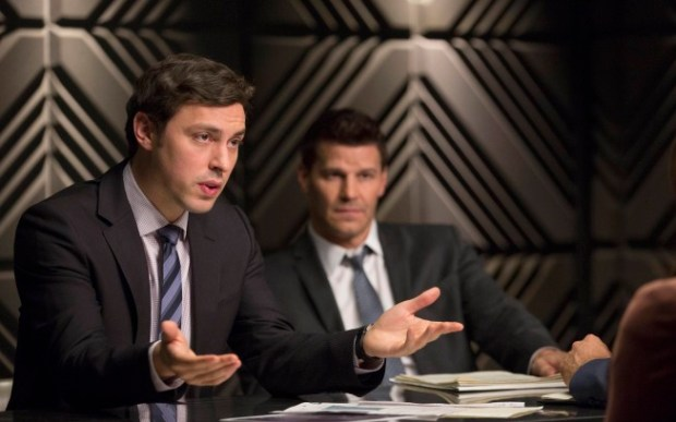 """Pictured:  Sweets (John Francis Daley, L) and Booth (David Boreanaz, R) in """"The Fury in the Jury"""" Cr:  Jennifer Clasen/FOX"""