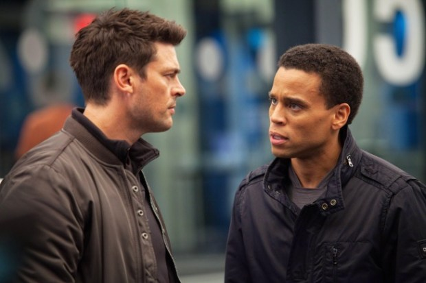 Karl Urban (l) and Michael Ealy (r) in Almost Human. Co.  Cr:  Liane Hentscher/FOX