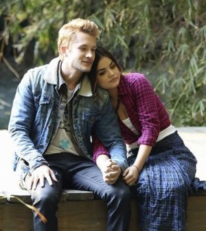 Pictured (L-R): Nick Roux and Lucy Hale -- Credit: ABC FAMILY/Adam Taylor