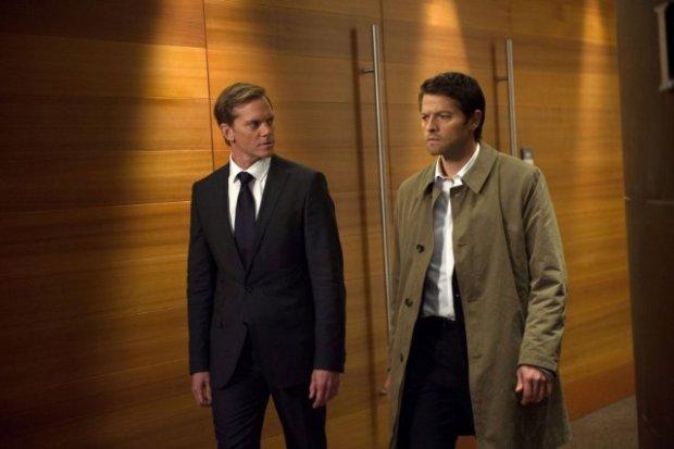 Adam Harrington as Bartholomew (L) and Misha Collins as Castiel (R). Image © CW Network