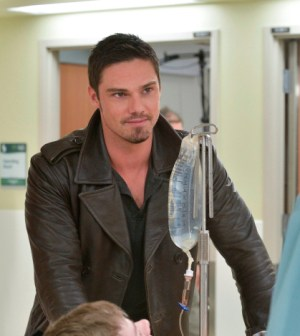 Pictured: Jay Ryan as Vincent - Photo: Ben Mark Holzberg/The CW