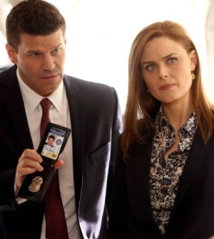 """Brennan (Emily Deschanel, R) and Booth (David Boreanaz, L) search for a terrorist in the """"The Source in the Sludge"""" Time Period Premiere episode of BONES airing Monday, March 10 (8:00-9:00 PM ET/PT) on FOX."""