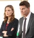 Booth (David Boreanaz, R) and Brennan (Emily Deschanel, L) . Co. Cr: Patrick McElhenney/FOX