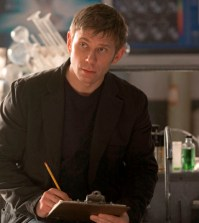 Pictured: Mark Pellegrino as Dr. Jedikiah Price --  Photo: Katie Yu/The CW