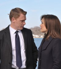 (l-r) Diego Klattenhoff as Donald Ressler, Megan Boone as Elizabeth Keen -- (Photo by: Nicole Rivelli/NBC)