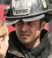 Pictured: (l-r) Lauren German as Leslie Shay, Taylor Kinney as Kelly Severide -- (Photo by: Elizabeth Morris/NBC)