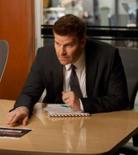 Booth (David Boreanaz) questions a suspect. Co.  Cr:  Jennifer Clasen/FOX