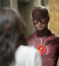 Pictured (L-R): Candice Patton as Iris West and Grant Gustin as The Flash -- Photo: Katie Yu/The CW