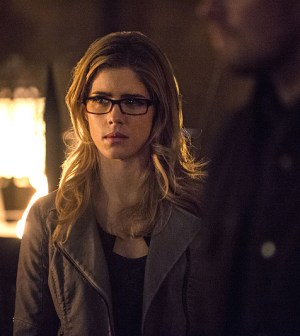 Pictured (L-R): Emily Bett Rickards as Felicity Smoak -- Photo: Cate Cameron/The CW