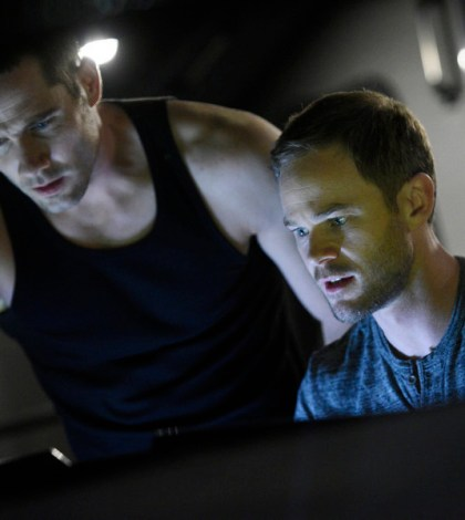 Pictured: (l-r) Luke Macfarlane as D'Avin, Aaron Ashmore as John -- (Photo by: Steve Wilkie/Temple Street Releasing Limited/Syfy)