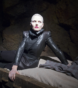 """ONCE UPON A TIME - ABC's """"Once Upon a Time"""" stars Jennifer Morrison as Emma Swan. (ABC/Tyler Shields)"""