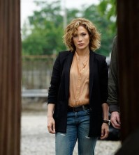SHADES OF BLUE -- Pictured: Jennifer Lopez as Det. Harlee Santos -- (Photo by: Peter Kramer/NBC)