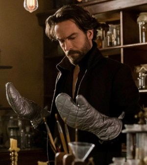 Tom Mison as Ichabod Crane. Co. Cr: Tina Rowden/FOX