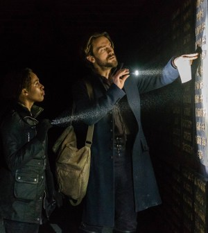 SLEEPY HOLLOW: L-R: Nicole Beharie and Tom Mison. Co. Cr: Tina Rowden/FOX