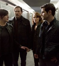 Pictured: (l-r) Jacqueline Toboni as Trubel, Silas Weir Mitchell as Monroe, Bree Turner as Rosalee Calvert, David Giuntoli as Nick Burkhardt -- (Photo by: Scott Green/NBC)