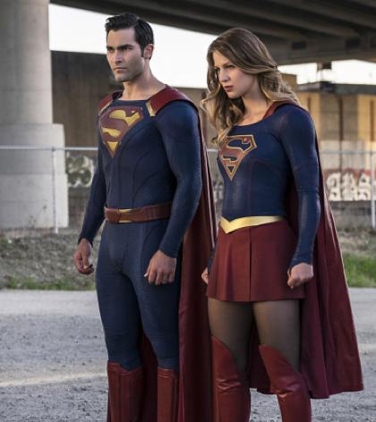 Pictured (L-R): Tyler Hoechlin as Clark/Superman and Melissa Benoist Kara/Supergirl -- Photo: Robert Falconer/The CW