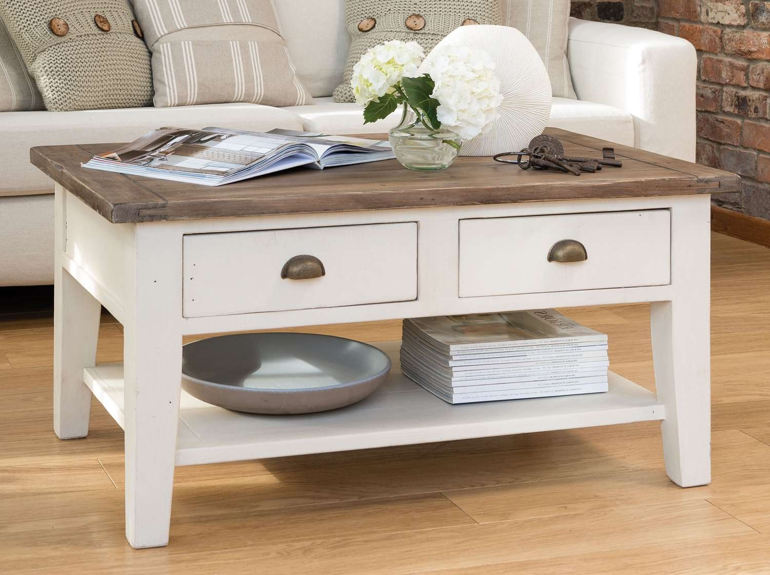 20 Photos Country French Coffee Tables
