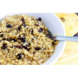 Top Brown Sugar Cinnamon Oatmeal Close Up How To Make Oatmeal Taste Good Reddit How To Make Oatmeal Taste Good Bodybuilding Spoon Brown Sugar Cinnamon To Start Your Day