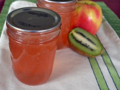 Apple Kiwi Kirsch Jelly