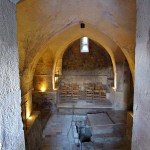 Emmaus/Abu Ghosh: Crypt of Crusader church (Berthold Werner)