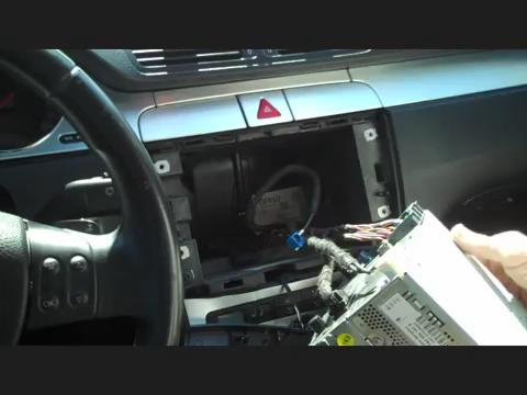 Installation instructions of a 2003-2011 VW Volkswagen Golf B5 B6