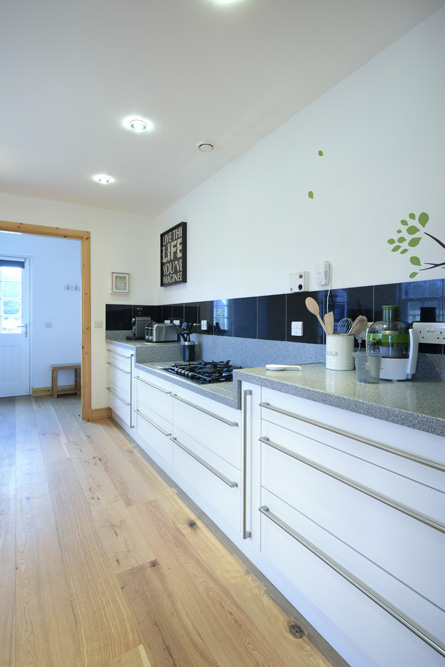 Mountain view lodge insh luxury holiday let near aviemore for Luxury kitchens scotland